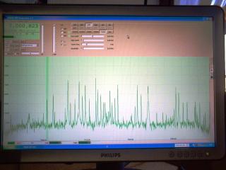 schermo computer con software M0KGK